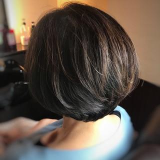 フェミニン ボブ ヘアスタイルや髪型の写真・画像