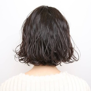 PEEK-A-BOO ボブ モード パーマ ヘアスタイルや髪型の写真・画像