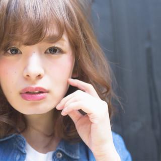 ストリート 大人かわいい 大人女子 外ハネ ヘアスタイルや髪型の写真・画像