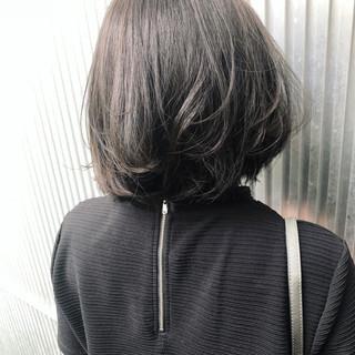 ボブ グレージュ ナチュラル フェミニン ヘアスタイルや髪型の写真・画像