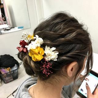 ヘアセット 結婚式 セミロング 成人式 ヘアスタイルや髪型の写真・画像