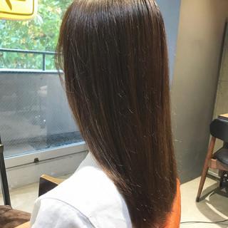 透明感カラー 最新トリートメント 髪質改善 セミロング ヘアスタイルや髪型の写真・画像