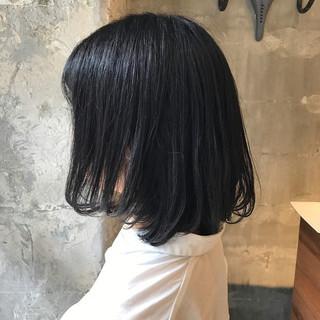 雨の日 ミディアム デート リラックス ヘアスタイルや髪型の写真・画像