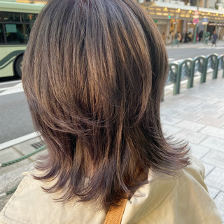ミディアム マッシュウルフ モード ウルフカット ヘアスタイルや髪型の写真・画像