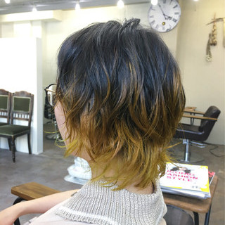 モード ミディアム ウルフカット ヘアスタイルや髪型の写真・画像