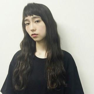 ゆるふわ 大人かわいい 暗髪 黒髪 ヘアスタイルや髪型の写真・画像