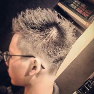 ベリーショート モード メンズ 刈り上げ ヘアスタイルや髪型の写真・画像