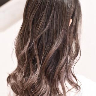 外国人風カラー ダブルカラー ガーリー バレイヤージュ ヘアスタイルや髪型の写真・画像