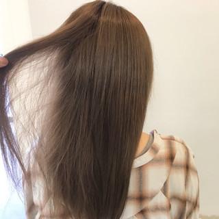 デート セミロング エフォートレス フェミニン ヘアスタイルや髪型の写真・画像