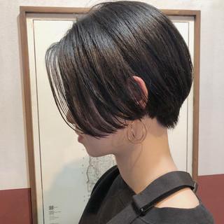 ナチュラル ショート モード かっこいい ヘアスタイルや髪型の写真・画像