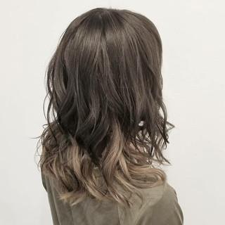 ハイライト インナーカラー セミロング 透明感 ヘアスタイルや髪型の写真・画像 ヘアスタイルや髪型の写真・画像