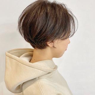 アンニュイ ショートヘア ショート 大人かわいい ヘアスタイルや髪型の写真・画像