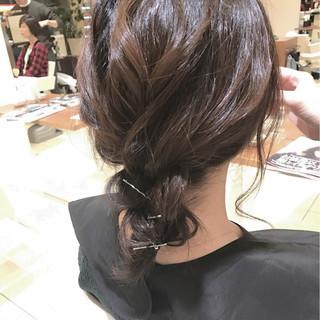 アッシュ 暗髪 大人女子 簡単ヘアアレンジ ヘアスタイルや髪型の写真・画像