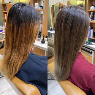 グレージュ グラデーションカラー ハイライト アディクシーカラー ヘアスタイルや髪型の写真・画像