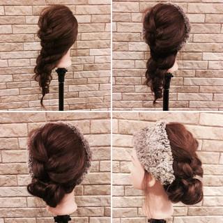 ミディアム デート フェミニン アウトドア ヘアスタイルや髪型の写真・画像