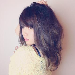 グラデーションカラー アッシュ 外国人風カラー グレージュ ヘアスタイルや髪型の写真・画像