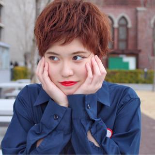 ストリート かっこいい パーマ 前髪あり ヘアスタイルや髪型の写真・画像