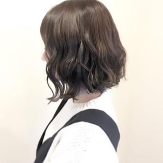 ミディアム 外国人風カラー 透明感 フェミニン ヘアスタイルや髪型の写真・画像