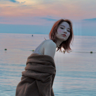 女子力 フェミニン ウェーブ エフォートレス ヘアスタイルや髪型の写真・画像 ヘアスタイルや髪型の写真・画像