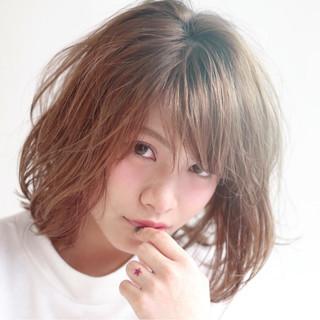 大人かわいい アッシュ 外国人風 ハイライト ヘアスタイルや髪型の写真・画像