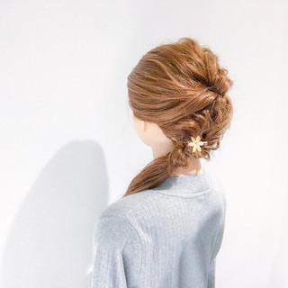 セミロング アウトドア ヘアアレンジ 簡単ヘアアレンジ ヘアスタイルや髪型の写真・画像