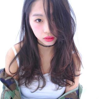 フリンジバング ロング ストリート 大人女子 ヘアスタイルや髪型の写真・画像