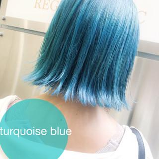 ブリーチカラー ターコイズブルー ブリーチ ストリート ヘアスタイルや髪型の写真・画像