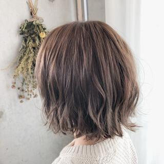 イルミナカラー 透明感カラー フェミニン ヘアカラー ヘアスタイルや髪型の写真・画像