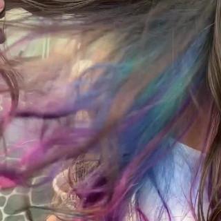ストリート 外国人風 ユニコーンカラー 派手髪 ヘアスタイルや髪型の写真・画像