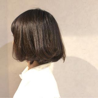 大人かわいい ゆるふわ 暗髪 アッシュ ヘアスタイルや髪型の写真・画像