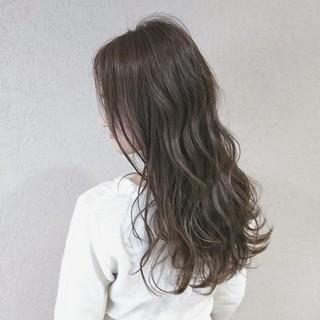愛され ゆるふわ ロング アンニュイ ヘアスタイルや髪型の写真・画像 ヘアスタイルや髪型の写真・画像