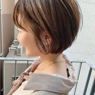 ショートボブ ナチュラル デート ショート ヘアスタイルや髪型の写真・画像
