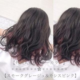 デート ミディアム ナチュラル 外国人風カラー ヘアスタイルや髪型の写真・画像