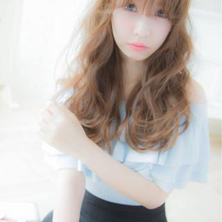 セミロング ピュア 大人かわいい ナチュラル ヘアスタイルや髪型の写真・画像