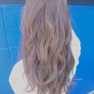 ロング 女子会 リラックス ナチュラル ヘアスタイルや髪型の写真・画像