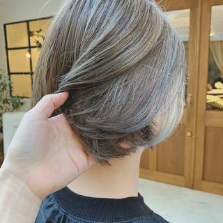 アンニュイほつれヘア 大人かわいい ボブ デート ヘアスタイルや髪型の写真・画像