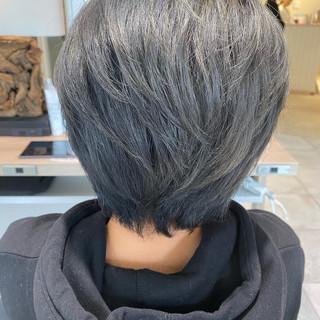 モード ショートヘア ショート シルバーグレー ヘアスタイルや髪型の写真・画像