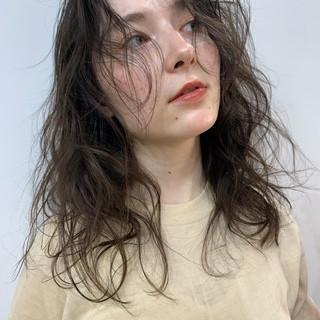 大人ヘアスタイル ミディアム ベージュ 3Dハイライト ヘアスタイルや髪型の写真・画像