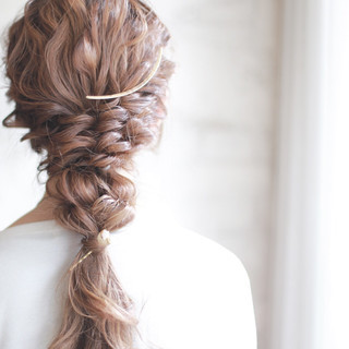 フェミニン ヘアアレンジ 大人かわいい パーティ ヘアスタイルや髪型の写真・画像