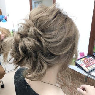 大人かわいい 簡単ヘアアレンジ ミディアム ゆるふわ ヘアスタイルや髪型の写真・画像 ヘアスタイルや髪型の写真・画像