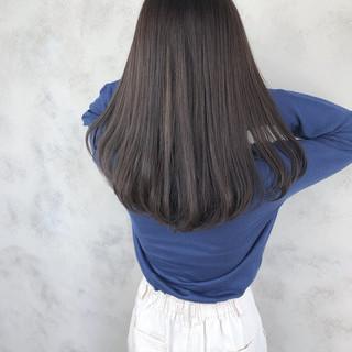 グレージュ 暗髪女子 イルミナカラー セミロング ヘアスタイルや髪型の写真・画像