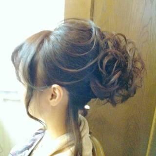 大人かわいい 巻き髪 セミロング 夜会巻 ヘアスタイルや髪型の写真・画像 ヘアスタイルや髪型の写真・画像