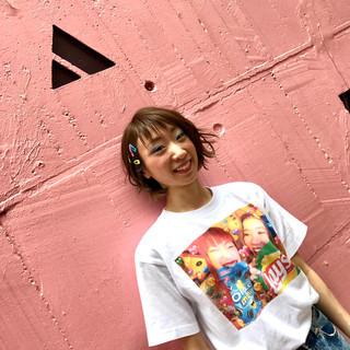 アンニュイ 斜め前髪 アウトドア ガーリー ヘアスタイルや髪型の写真・画像
