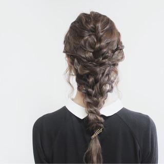簡単ヘアアレンジ ヘアアレンジ 波ウェーブ 外国人風 ヘアスタイルや髪型の写真・画像