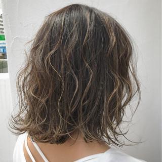 外国人風 ボブ ナチュラル ハイライト ヘアスタイルや髪型の写真・画像