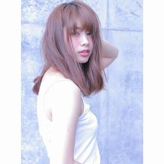 セミロング うざバング 大人女子 アンニュイ ヘアスタイルや髪型の写真・画像