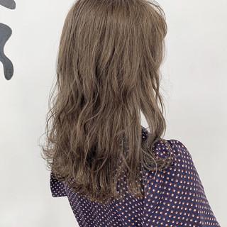 セミロング ベリーショート おフェロ ナチュラル ヘアスタイルや髪型の写真・画像