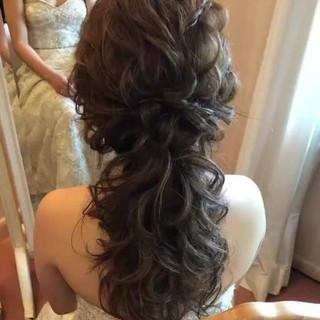 エレガント 結婚式ヘアアレンジ ヘアアレンジ ゆるナチュラル ヘアスタイルや髪型の写真・画像