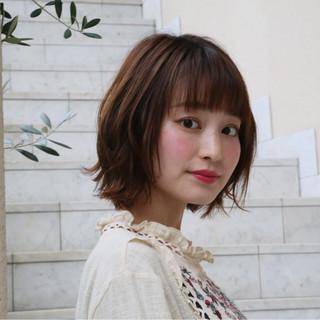 女子会 デート アンニュイ ウェーブ ヘアスタイルや髪型の写真・画像