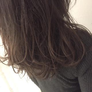 グラデーションカラー 暗髪 ストリート セミロング ヘアスタイルや髪型の写真・画像 ヘアスタイルや髪型の写真・画像